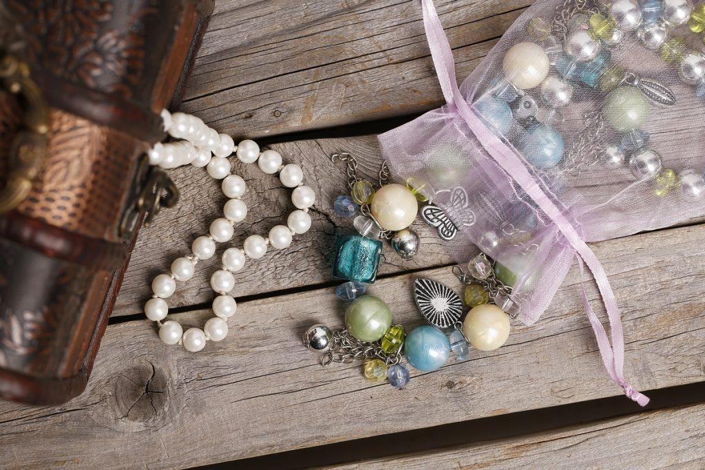přechovávání šperků DIY