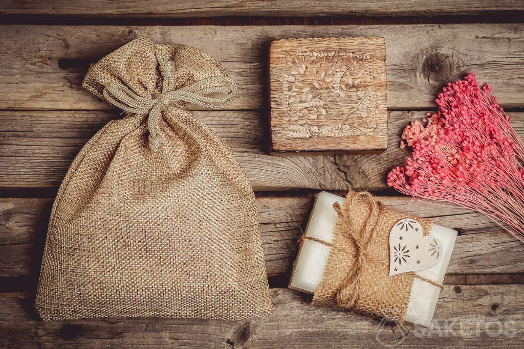 Sáček z juty pro přírodní kosmetiku, např. mýdlo