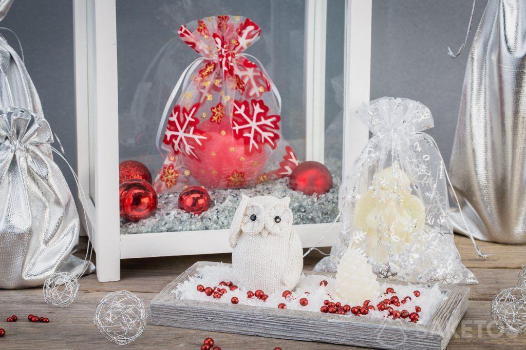 Vánoční sáčky dokonale ladí s dekoracemi