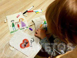 10.Kreativní zábava pro děti - malování lněných sáčků