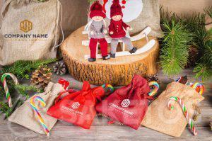 Vánoční sáček s logem společnosti