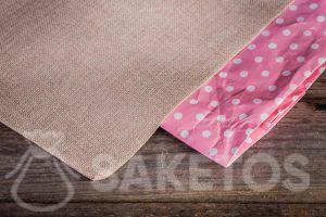 Látkové sáčky mají tuto výhodu, že se neopotřebovávají tak rychle jako papírové sáčky.