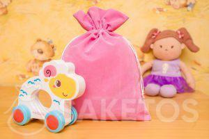 4.Sáčky vyrobené z velurového materiálu jsou skvělé pro dekorativní skladování hraček.
